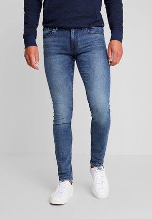 CULVER PRICE STARTER - Jeans Skinny Fit - mid stone wash denim