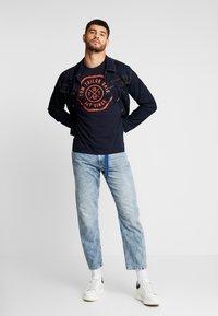 TOM TAILOR DENIM - 90S  - Jeans Relaxed Fit - used light stone blue denim - 1