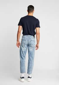 TOM TAILOR DENIM - 90S  - Jeans Relaxed Fit - used light stone blue denim - 2