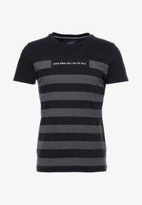 TOM TAILOR DENIM - STRIPED PANELPRINT - T-shirt z nadrukiem - sky captain blue - 3