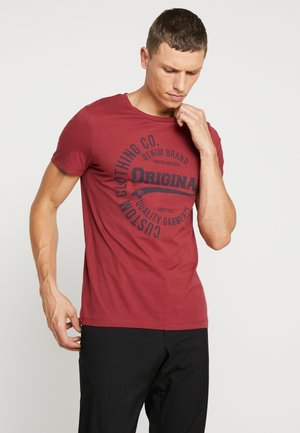 T-shirt print - fathers pipe red