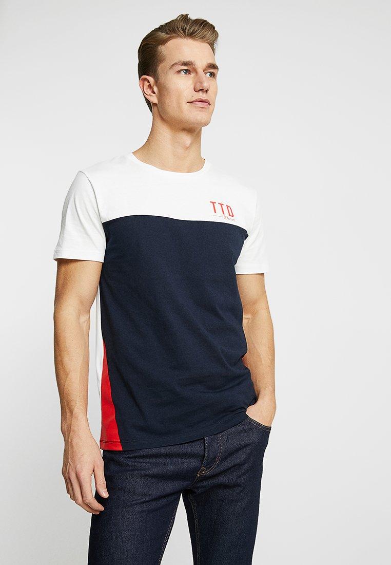 TOM TAILOR DENIM - COLOURBLOCK  - T-Shirt print - light marsmallow/white