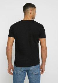 TOM TAILOR DENIM - T-shirt print - black - 2