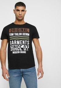 TOM TAILOR DENIM - T-shirt print - black - 0