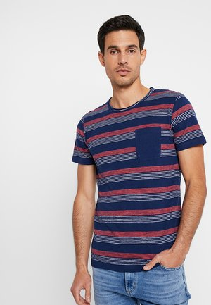 STRIPED WITH POCKET - T-shirt med print - navy blue