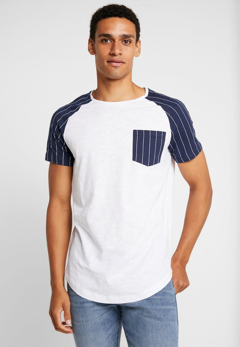 TOM TAILOR DENIM - RAGLAN POCKET - T-Shirt print - white