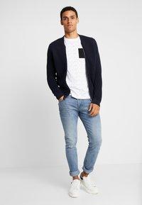 TOM TAILOR DENIM - ALLOVER - T-shirt print - white - 1