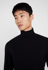TOM TAILOR DENIM - LONGSLEEVE TURTLENECK  - Langarmshirt - black - 4