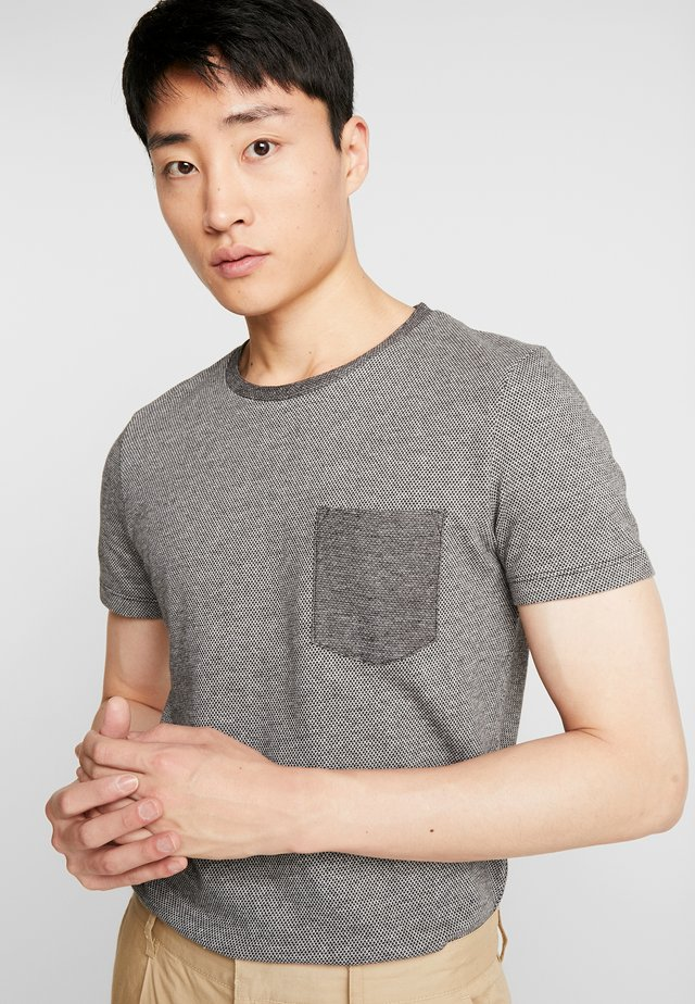 IN NEW STRUCTURE - Basic T-shirt - black/grey
