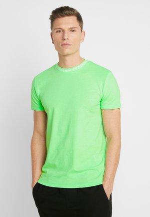 WITH COLLARWORDING - T-paita - neon lime green