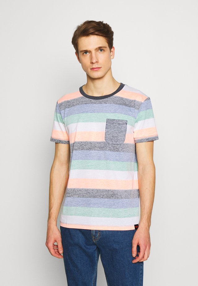 TEE WITH INSIDE PRINTED STRIPE - Print T-shirt - multicolor