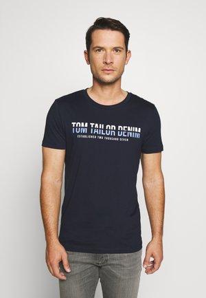 WITH LOGOPRINT - T-shirt med print - sky captain blue