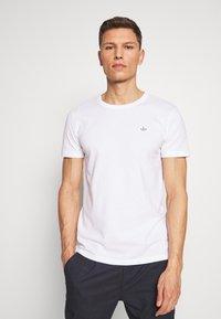 TOM TAILOR DENIM - Basic T-shirt - white - 0