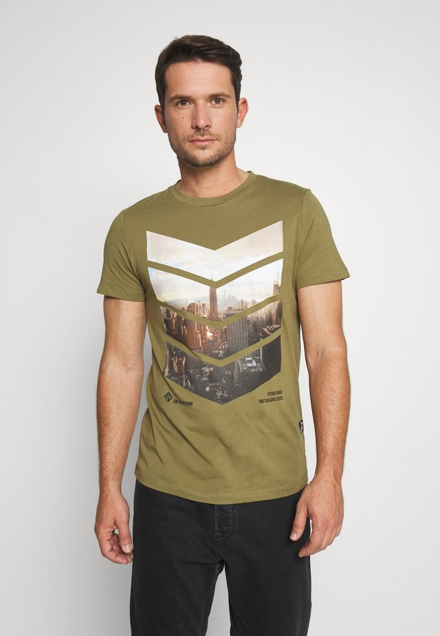 WITH FOTOPRINT - T-Shirt print - faded moss green