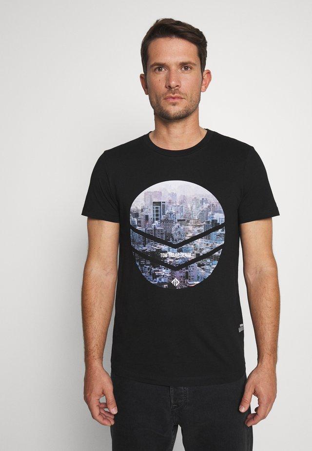 WITH FOTOPRINT - Print T-shirt - black