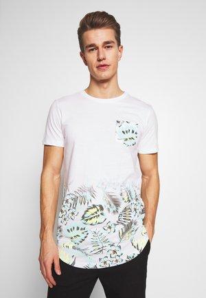 GRADIENT  - T-shirt z nadrukiem - white