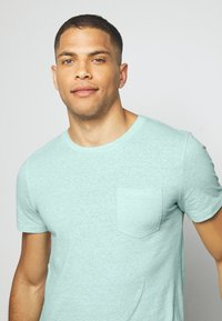 TOM TAILOR DENIM - STRUCTURED  - Print T-shirt - small blue - 3