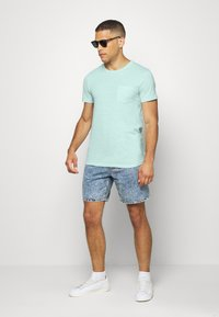 TOM TAILOR DENIM - STRUCTURED  - Print T-shirt - small blue - 1