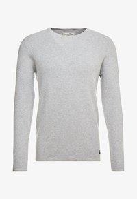 TOM TAILOR DENIM - ZIGZAG STRUCTURED CREWNECK - Stickad tröja - lava stone grey melange - 4