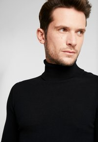 TOM TAILOR DENIM - BASIC ROLLNECK - Jumper - black - 4