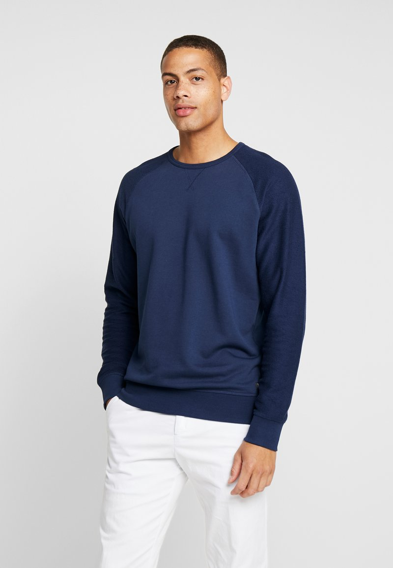 TOM TAILOR DENIM - CREWNECK STRUCTURED SLEEVES - Sweatshirt - agate stone blue