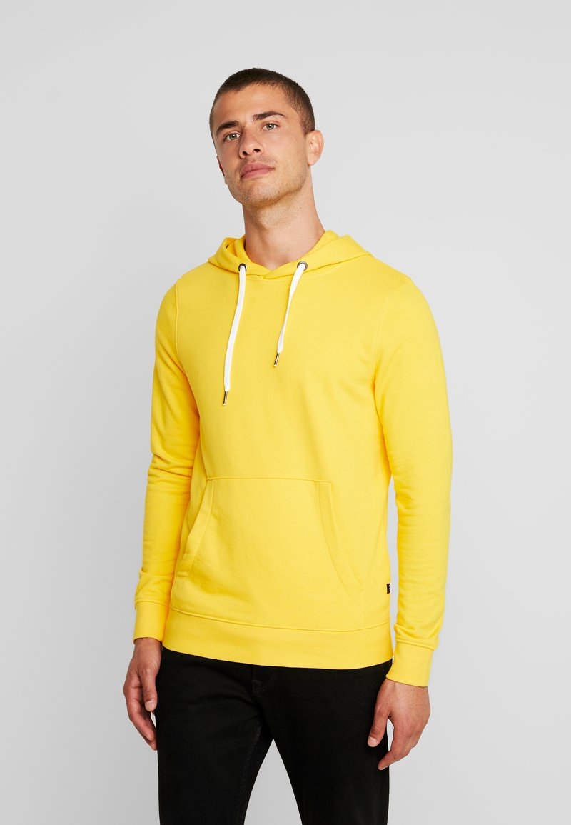 TOM TAILOR DENIM - Luvtröja - vivid yellow