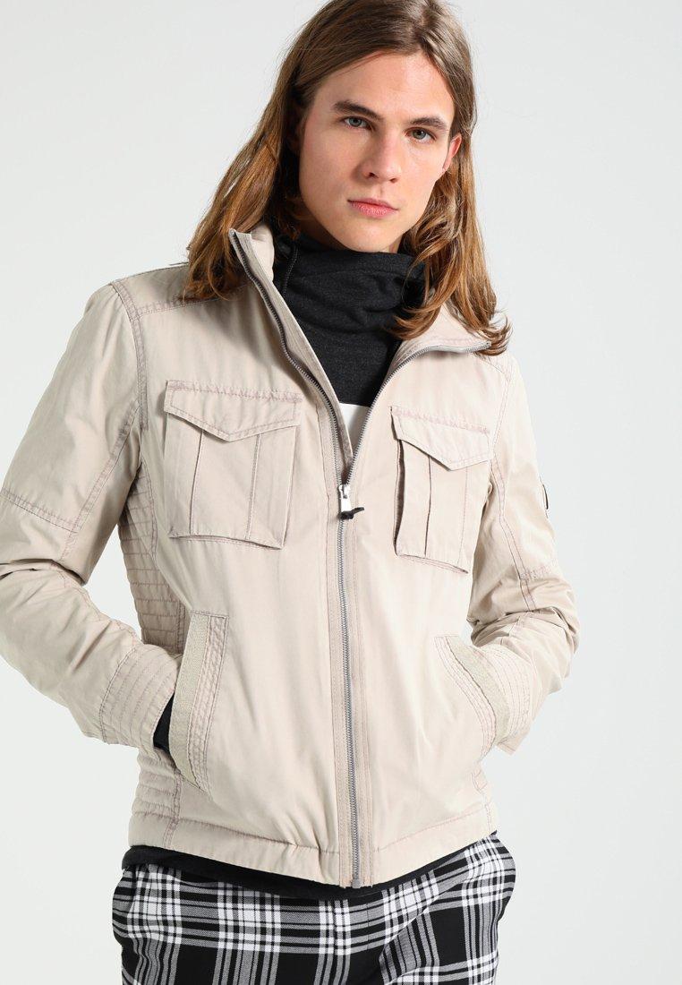 TOM TAILOR DENIM - WASHED FIELD - Leichte Jacke - gravel beige