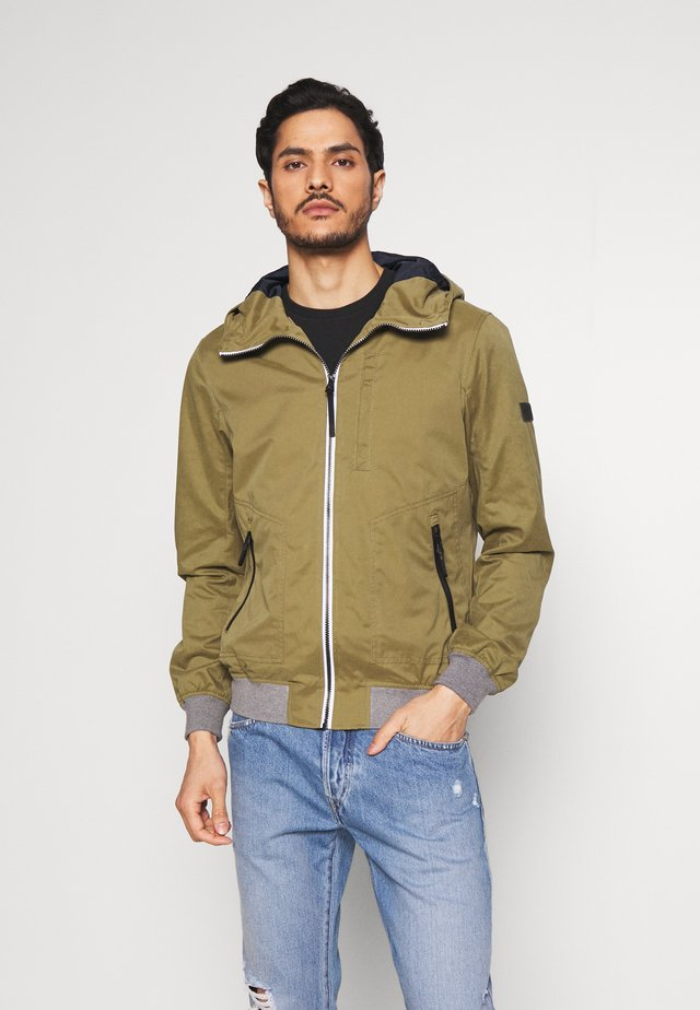 Lehká bunda - faded moss green