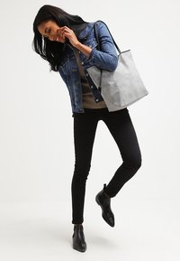 TOM TAILOR DENIM - MILA - Bolso shopping - grey - 0