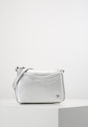 CILIA - Across body bag - silber
