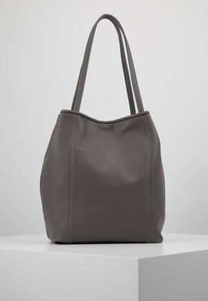 SUSIE - Käsilaukku - grey