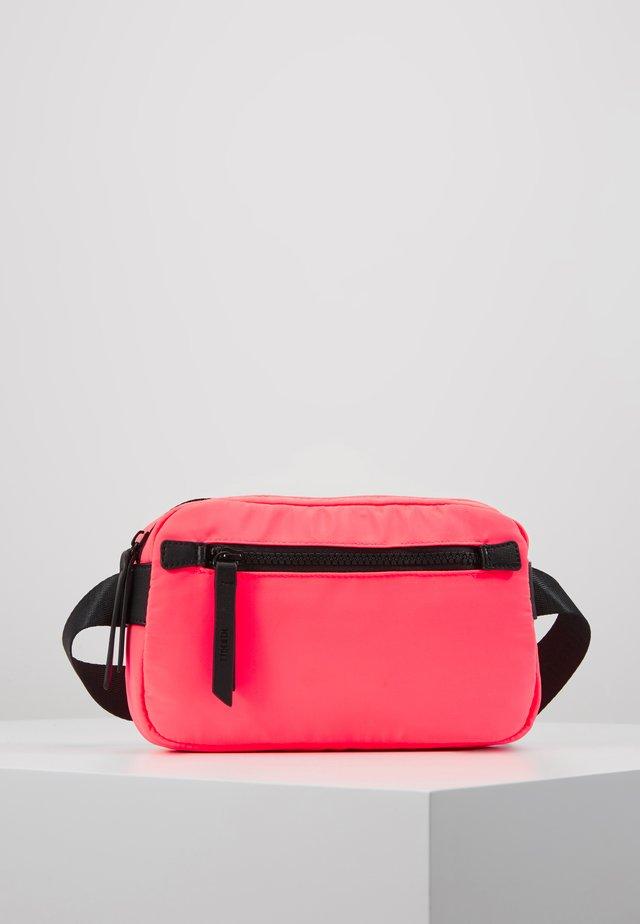 BILBAO - Bum bag - pink