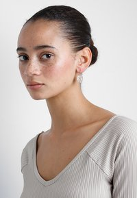 TomShot - EARRINGS - Korvakorut - rose - 1