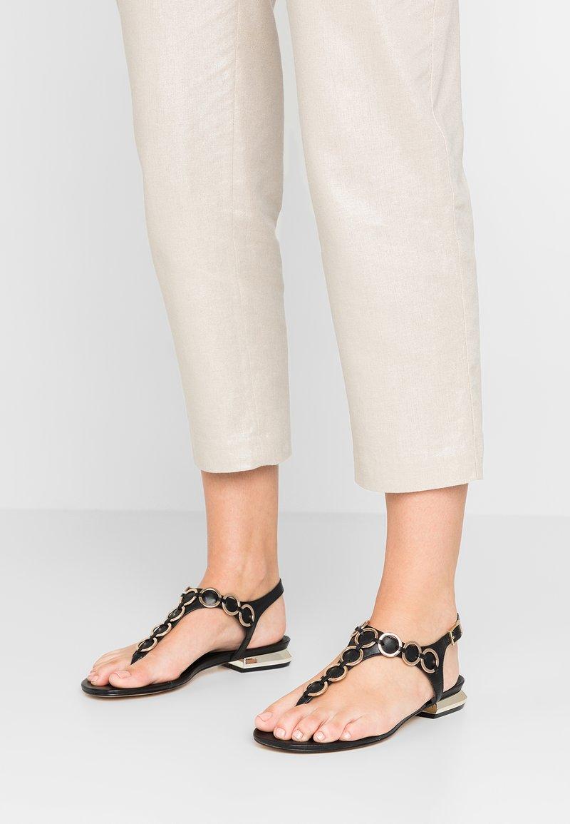 Tosca Blu - LINEA SUE - T-bar sandals - nero