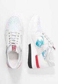 Tosca Blu - PRIMULA - Sneakers - argento - 3