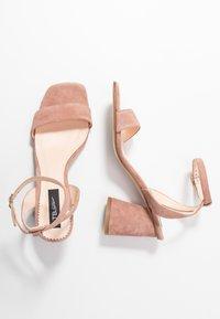 Tosca Blu - MAIORCA - Korolliset sandaalit - malva - 3