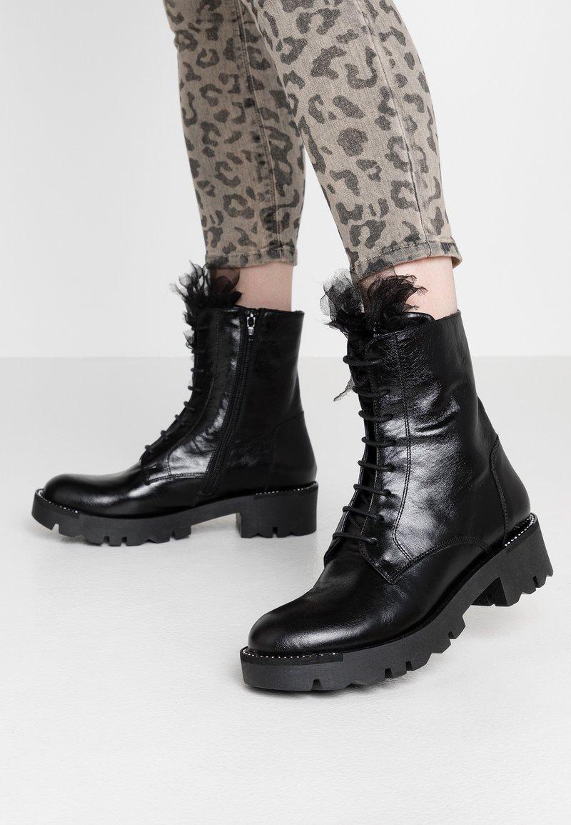 Tosca Blu - DIANE - Platform ankle boots - nero