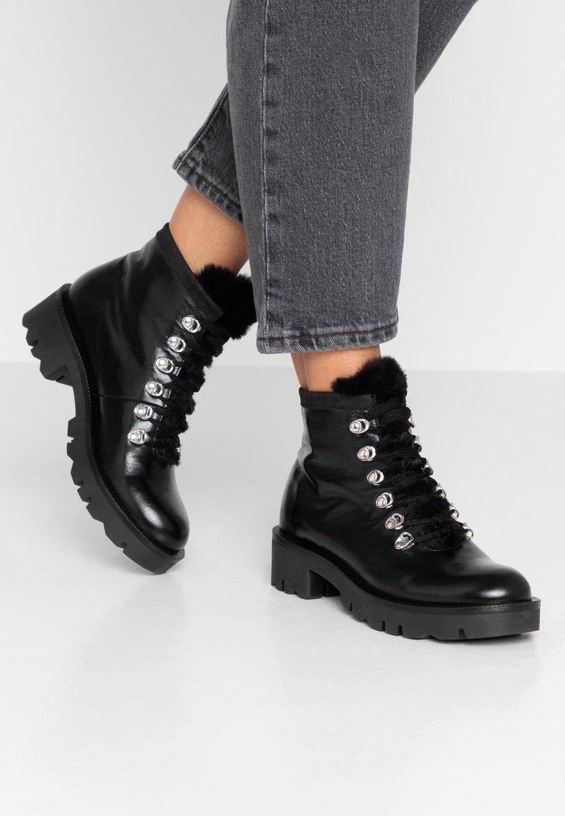 Tosca Blu - DIANE - Ankle boots - nero
