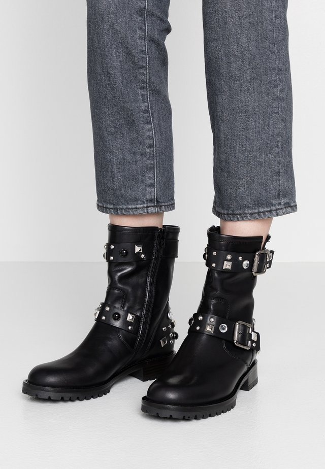 GISELLE - Cowboy/biker ankle boot - nero