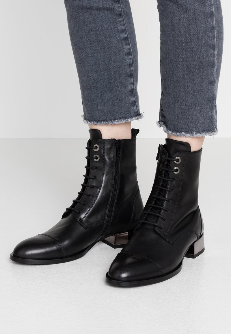 Tosca Blu - HOLLY - Lace-up ankle boots - nero