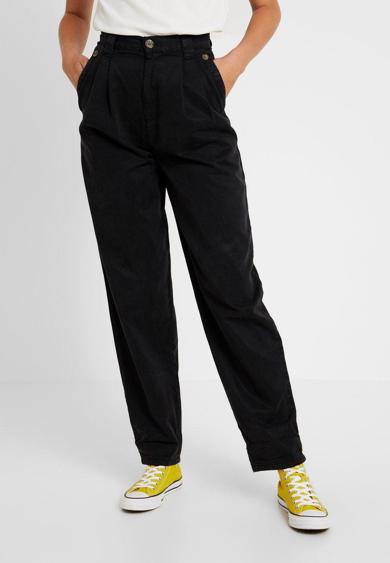 Topshop Tall - CAITLIN UPDATE - Pantalon classique - black