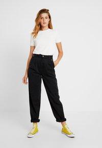 Topshop Tall - CAITLIN UPDATE - Pantalon classique - black - 2