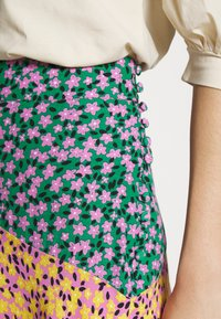 Topshop Tall - THRIFT MIXED FLORAL - Jupe longue - multi - 4