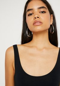 Topshop Tall - ZIG ZAG BODY 2 PACK - Toppe - black / white