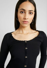 Topshop Tall - LETTUCE BUTTON - Longsleeve - black - 4