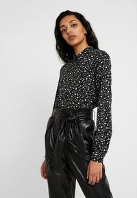 Topshop Tall - STAR SHIRT - Overhemdblouse - black/white - 0