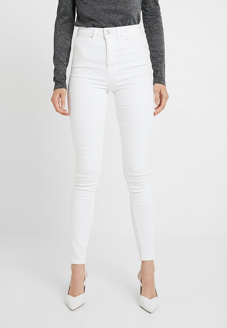 Topshop Tall - JAMIE - Jeans Skinny Fit - white
