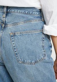 Topshop Tall - DAD   - Relaxed fit jeans - blue - 5