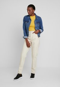 Topshop Tall - MOM - Jeans Relaxed Fit - ecru - 1