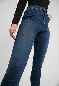 Topshop Tall - JAMIE - Skinny džíny - indigo - 4